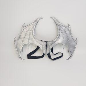 כנפיים דרקון קטנות כסף עשויים מחומר איכותי וקל PU